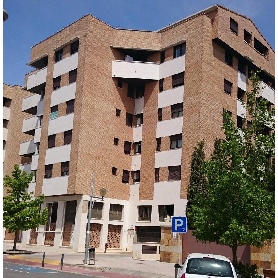 Binéfar, piso 75 m²