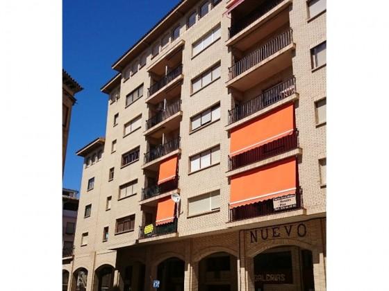 Barbastro, piso 100 m²